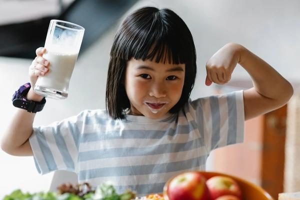 """大量喝饮料有害无益,我的天使果蔬粉是孩子营养""""加油站"""""""