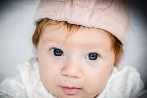 刚出生的婴儿怎么照顾新生儿不同表情是什么意思